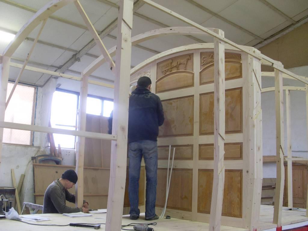 fabricant de roulotte insolite sur mesure. Black Bedroom Furniture Sets. Home Design Ideas